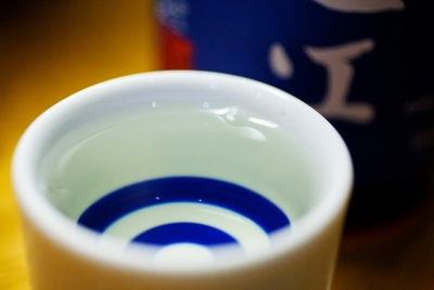 日本酒を飲むならおちょこが一番?おちょこの定義や楽しみ方とは