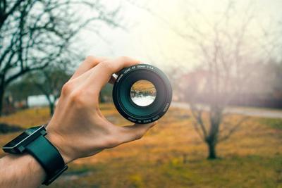 スマホの広角レンズおすすめ商品10選!広角レンズを使用して自撮りを楽しもう