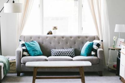 ソファに最適な滑り止め商品10選♪ズレを防止して快適な生活を送ろう!