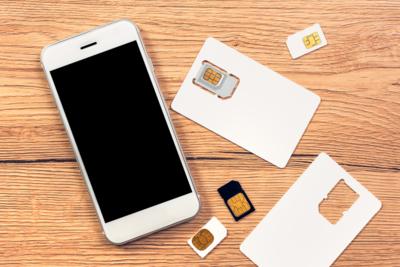 【安く賢く】海外に行くならスマホはSIMカードを!地域ごとにおすすめを紹介