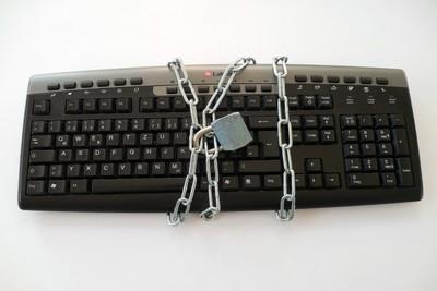 キーボードが打てない?!パソコンやタブレットで打てないときの対策