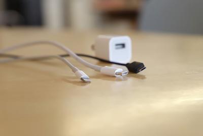 iPhoneの充電ケーブルはどこで買う?選び方やおすすめ製品も紹介