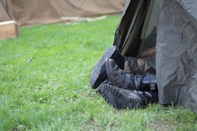 キャンプでコットは必要?テントに合うおすすめのコットをご紹介