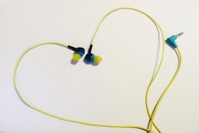 イヤホンが耳に与える影響と合わないときどうする?おすすめなど
