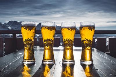 ビールに氷を入れるのはアリ?冷たいままで飲む方法教えます!