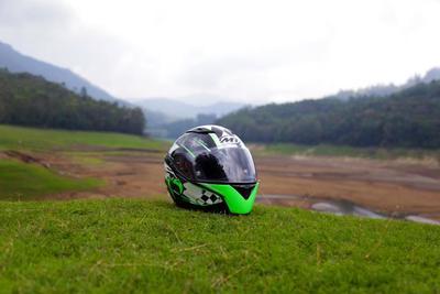 バイクヘルメットおすすめ10選!用途に応じたタイプでの選び方も紹介