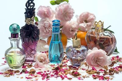 アトマイザーおすすめ10選!上手な選び方を知ってお気に入りの香水を持ち歩こう
