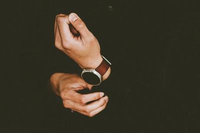 おすすめ爪やすり10選!指先は意外と見られている?!爪ケアはメンズの常識
