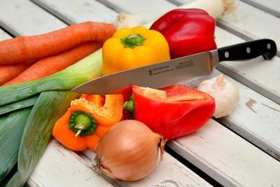 食材を切るのが楽しくなるおすすめの包丁10選♪素材や種類などの選び方についても解説!