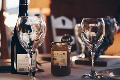 おすすめのワイングラスとは?特徴や失敗しない選び方を解説!