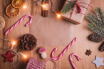 クリスマスツリー飾り・オーナメントで北欧風の素敵なインテリアに