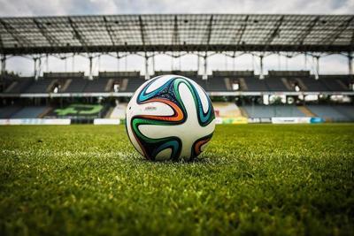 サッカーボールの選び方とおすすめ10選!用途に合うボールを選ぼう