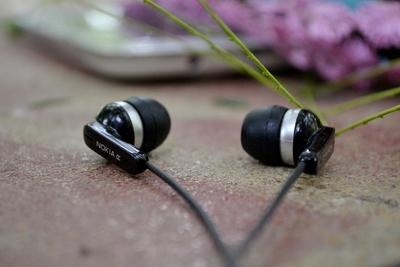 iPhone7のおすすめイヤホン10選と音が聴こえないときの対処法を紹介