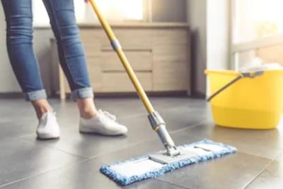 おすすめのフロアモップとは?選び方だけでなく効果的な掃除方法も紹介!