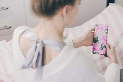 【2019年最新版】女子に人気のiPhoneケース10選!優秀でかわいいものは?