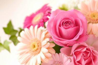 3,000円以内の結婚祝いおすすめ23選!同僚や友達にぴったりのプレゼントを厳選