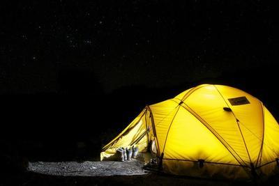 ソロテントのおすすめ10製品!ソロキャンプやツーリングを快適に