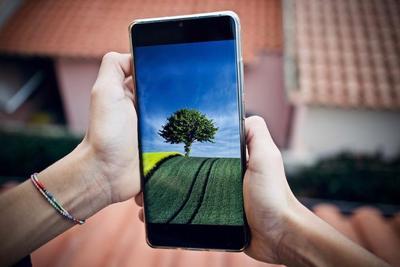 ASUSスマホのおすすめ10選!ZenFoneは個性豊かでコスパも優秀
