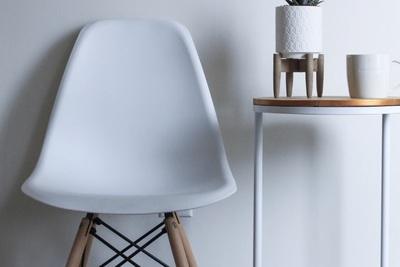 おすすめの椅子とは?オフィスチェアから家庭用の椅子まで紹介!