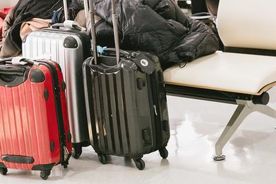 スーツケースのサイズ徹底ガイド!機内持ち込み&日数別のおすすめ商品も紹介