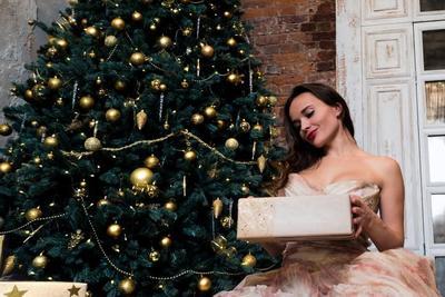 プレゼントにおすすめのコスメ10選!誕生日やクリスマスに最適