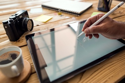 iPadのフィルムは必要?選ぶ基準と用途別おすすめ3選