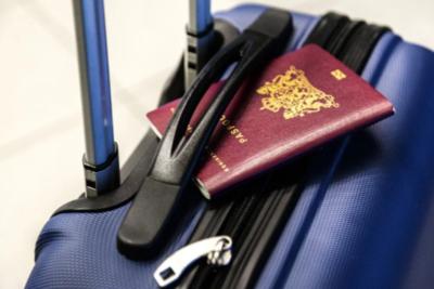海外旅行用スーツケースのサイズや重さはOK?元添乗員が選び方やおすすめを紹介