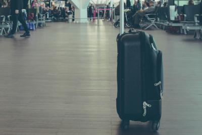 サムソナイトのスーツケースの特徴とは?選び方やおすすめモデルを紹介!